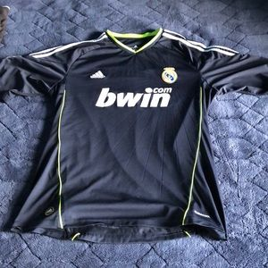 Used men's adidas soccer jersey size XL